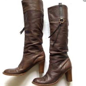 Shoes - Coach $259 Morgan boots 6